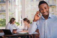 非裔美国人的人等待的工作面试 免版税图库摄影