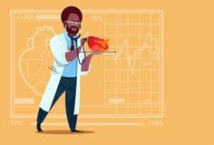 非裔美国人的Cardiologist Examining Heart With医生听诊器诊所工作者医院 免版税库存照片