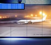 非飞行的天气在机场 库存图片