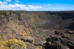 非活动坑火山口 免版税库存图片
