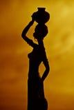 非洲妇女剪影 免版税库存照片