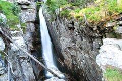 非洲海角drakenstein klein山临近西部paarl射击南的瀑布 免版税库存图片