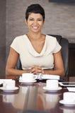 非洲裔美国人的女实业家办公室会议室 库存照片