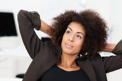 非洲裔美国人的女实业家年轻人 免版税库存照片