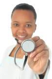 非洲裔美国人的黑人医生查出的护士 免版税库存照片