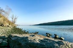 靠岸在海岛Khortytsya的岸 库存图片