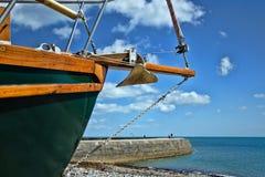 靠岸在蒙茅斯|莱姆里杰斯 免版税库存照片