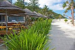 靠海滨的咖啡馆 库存照片
