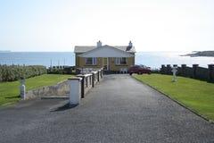 靠海滨的房子 库存图片