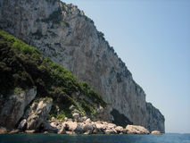 靠海滨的capri峭壁 库存照片
