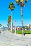 靠海滨的散步 免版税库存图片
