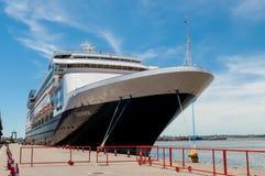 靠码头在蒙得维的亚口岸-乌拉圭 免版税库存照片