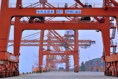 靠码头操作范围,厦门,福建,中国 免版税库存图片