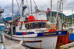 靠码头的渔船Shedoni在朱诺阿拉斯加 免版税图库摄影