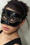 面具的隐姓埋名的妇女 免版税图库摄影