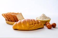 面包、面粉和鸡蛋 库存图片