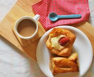 面包和咖啡 免版税库存图片