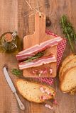 面包和烟肉 免版税库存照片