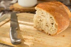 面包在厨房里 免版税库存照片