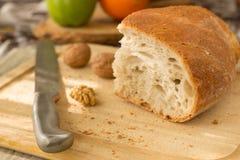 面包在厨房里 库存照片