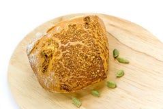 面包小圆面包在木的表的食物大面包 图库摄影