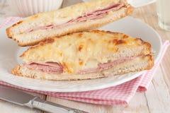 面包干酪croque被盘问的火腿先生 库存图片