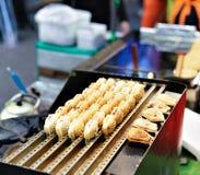 面包店用豆在Myeongdong开放街市上在汉城 免版税库存图片
