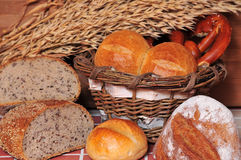 面包店面包谷物 免版税库存图片