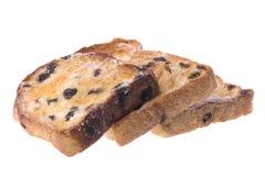 面包敬酒的查出的葡萄干片式 免版税库存照片