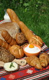 面包早餐酪浆 图库摄影