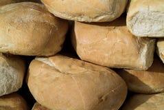 面包有壳的新白色 库存照片