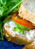 面包有壳的mayonaise金枪鱼 库存图片