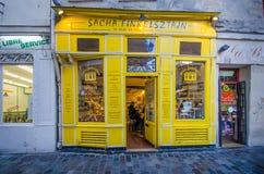 面包点心店在巴黎 免版税库存图片