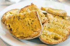 面包用Garlick黄油 库存照片