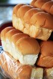 面包磅被堆积入层数是待售 免版税库存照片