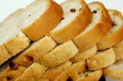 面包葡萄干核桃 免版税库存图片