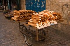 面包购物车 库存图片