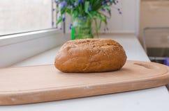 面包隔离黑麦白色 免版税库存照片