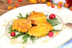 面包鸡内圆角用草本和蔓越桔 免版税库存照片
