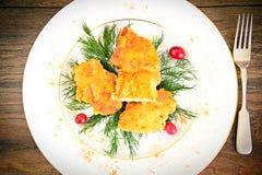 面包鸡内圆角用草本和蔓越桔 库存照片