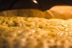 面包focaccia意大利语 免版税图库摄影