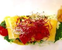 面团鱼和蕃茄 免版税库存图片