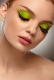 面孔秀丽 有构成画象的时尚妇女 优质Im 免版税库存照片