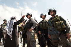 面对以色列人巴勒斯坦人战士 免版税库存图片