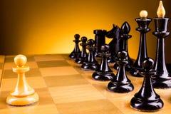 面对面的棋,第一步 复制文本的空间 库存照片