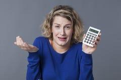 面对财政问题的少妇 免版税库存照片