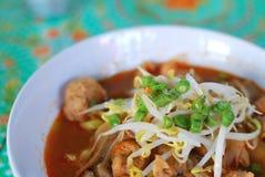 面条称呼泰国汤姆素食主义者薯类 库存图片