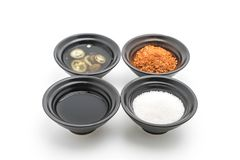 面条调味品(糖、醋、鱼子酱,辣椒粉) 库存照片