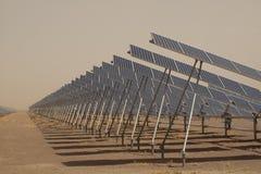面板太阳工厂的次幂 免版税库存图片