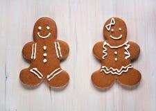面筋自由的姜饼男孩和女孩 免版税图库摄影